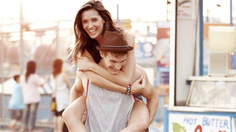 18 signs you re dating your soulmate cosmopolitan jpg 640x358