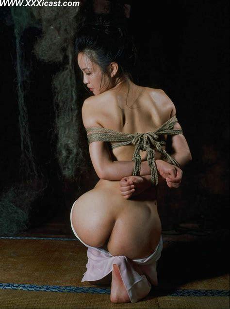 chinese women in rope bondage jpg 1115x1500